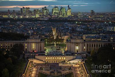 Paris Beyond The Trocadero Gardens Art Print by Mike Reid