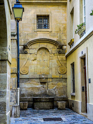Photograph - Paris Corner Le Marais by Sally Ross