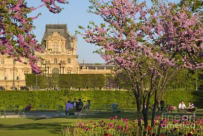 Paris Garden In Spring Art Print