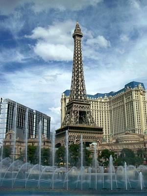 Paris Hotel And Bellagio Fountains Art Print