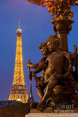 Photograph - Paris Lamppost And Eiffel by Brian Jannsen