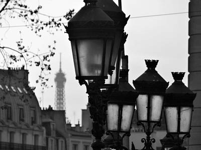 Gas Lamp Photograph - Paris Lamps by Sean Noonan