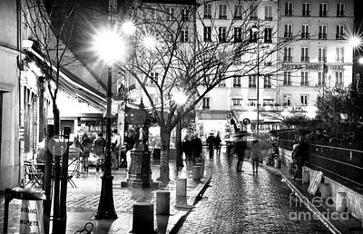 Photograph - Paris Rue De La Huchette At Night by John Rizzuto