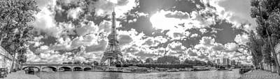 Paris Skyline Royalty-Free and Rights-Managed Images - Paris - Trocadero by Henri Irizarri