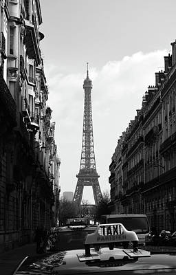 Photograph - Parisian Taxi Cabs And Eiffel Tower Framed By Paris Architecture Black And White by Shawn O'Brien