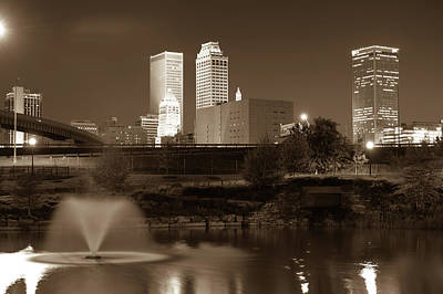 Park View Of The Tulsa Skyline Sepia - Oklahoma Usa Art Print