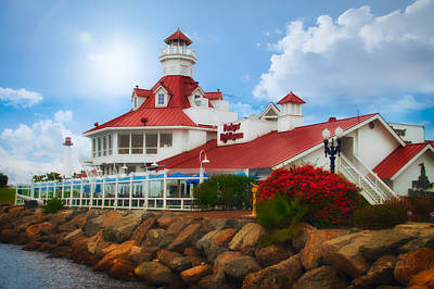 Photograph - Parkers Lighthouse Restaurant by Thomas Woolworth