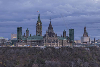 Photograph - Parliament At Dusk by Josef Pittner