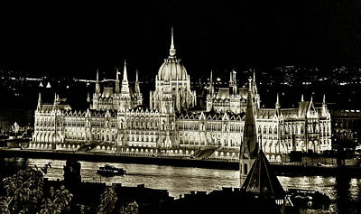 Photograph - Parliament From Fishermans Bastion by Michael Kirk