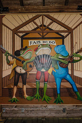 Photograph - Party Frogs by Robert Hebert