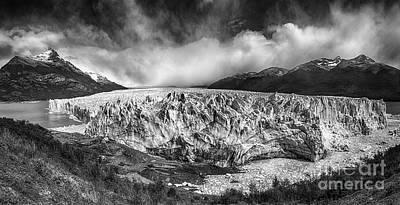 Photograph - Patagonia 08 by Bernardo Galmarini