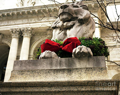 Photograph - Patience Christmas Wreath New York City by John Rizzuto