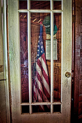 Photograph - Patriot On Call by Ron Weathers