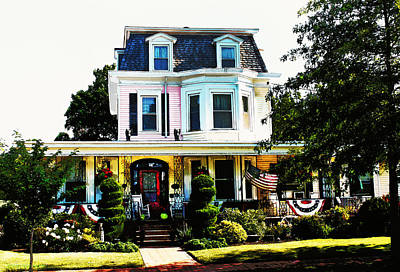 Photograph - Patriotic House #2 by Susan Vineyard