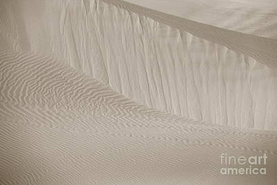 Photograph - Patterns Of Sand by Suzanne Oesterling
