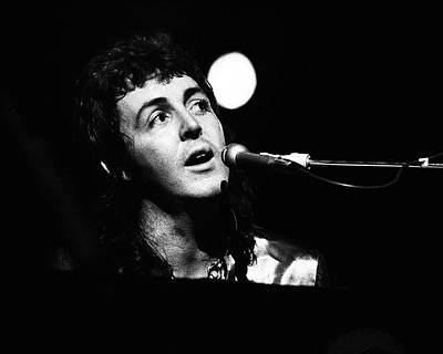 Print featuring the photograph Paul Mccartney Wings 1973 by Chris Walter