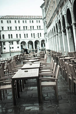 Photograph - Pavement Cafe 2 Venice by Jean Gill