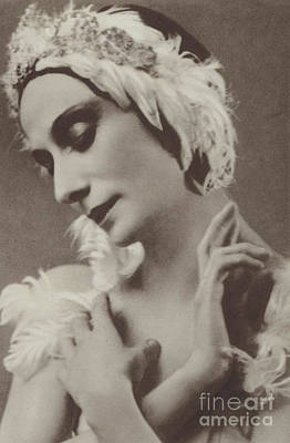 Prima Ballerina Photograph - Pavlova In The Dying Swan by American School