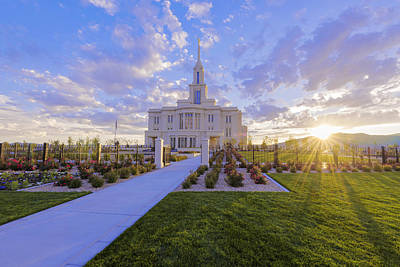 Sunset Wall Art - Photograph - Payson Temple I by Chad Dutson