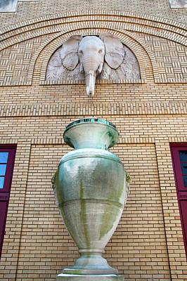 Photograph - Peabody Hall by Steve Stuller