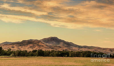 Photograph - Peaceful Squaw Butte by Robert Bales
