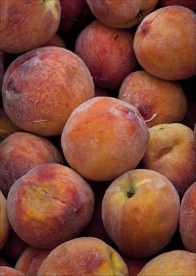 Peaches 1 Art Print by Robert Ullmann