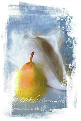 Photograph - Pear And Seashell by Alice Gipson