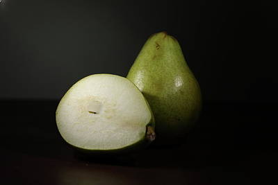 Photograph - Pear by Hyuntae Kim