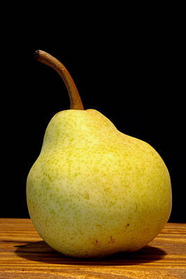 Photograph - Pear Still Life by Frank Tschakert