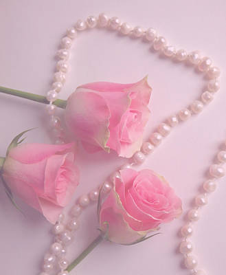 Pearls And Roses Art Print