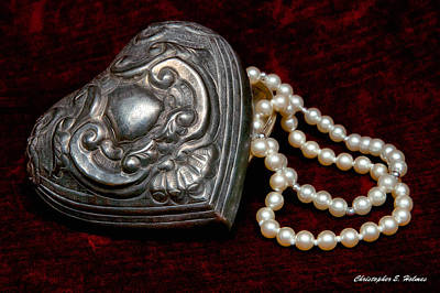 Photograph - Pearls From The Heart by Christopher Holmes