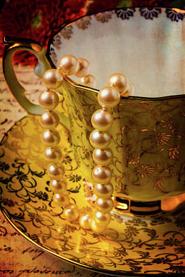 Cup Of Tea Photograph - Pearls Handing Off Tea Cup by Garry Gay