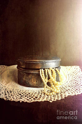 Photograph - Pearls In Box by Jill Battaglia