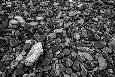 Abstract In Nature Photograph - Pebbles And Rocks by Jon Glaser
