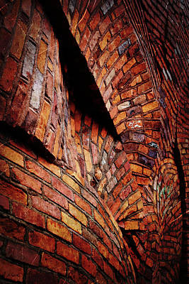 Photograph - Peddler's Alley Wacky Wall by Shawna Rowe
