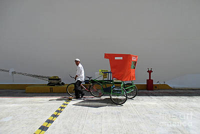 Photograph - Pedicab At Dock by Randall Weidner