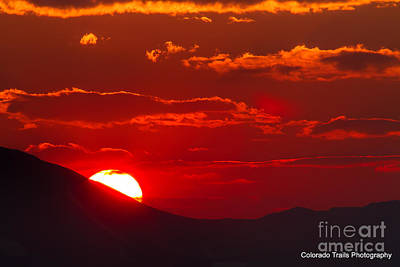 Photograph - Peek-a-boo Sun by Jim Garrison