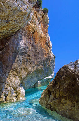 Pelion Rocks Art Print by Neil Buchan-Grant