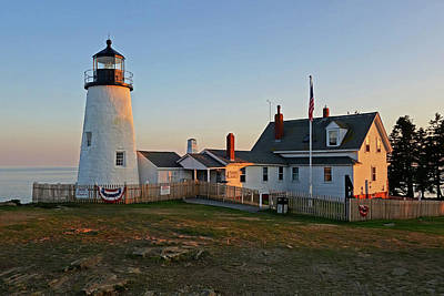 Photograph - Pemaquid Point Lighthouse Pemaquid Me Sunset by Toby McGuire