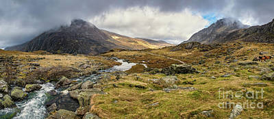 Photograph - Pen Yr Ole Wen And Tryfan Mountain by Adrian Evans