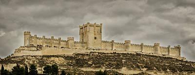 Penafiel Castle, Spain. Art Print by Pablo Lopez