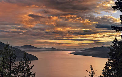 Photograph - Pend Oreille Sunrise by Leland D Howard