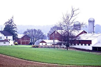 Photograph - Pennsylvania Dutch Farmland by Susan Maxwell Schmidt