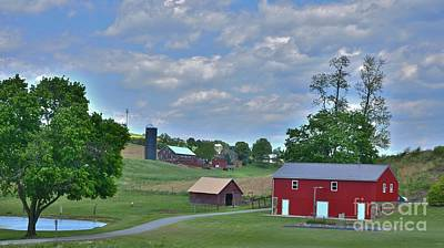 Photograph - Pennsylvania Farm Country - 16x9 Ratio by Bob Sample