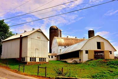 Photograph - Pennsylvania Farm by Lisa Wooten