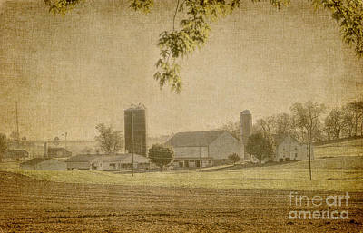 Photograph - Pennsylvania Farmland by Dyle Warren