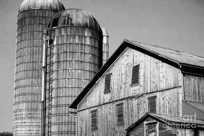 Photograph - Pennsylvania Old Barn Silos by Andrea Hazel Ihlefeld