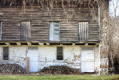 Photograph - Pennsylvania Rustic Barn Doors by Andrea Hazel Ihlefeld