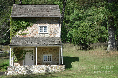 Photograph - Pennsylvania Stone House by Andrea Hazel Ihlefeld