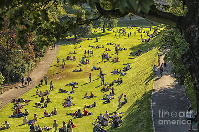 Photograph - People On The Green Of The Princess Street Gardens In Edinburgh by Patricia Hofmeester
